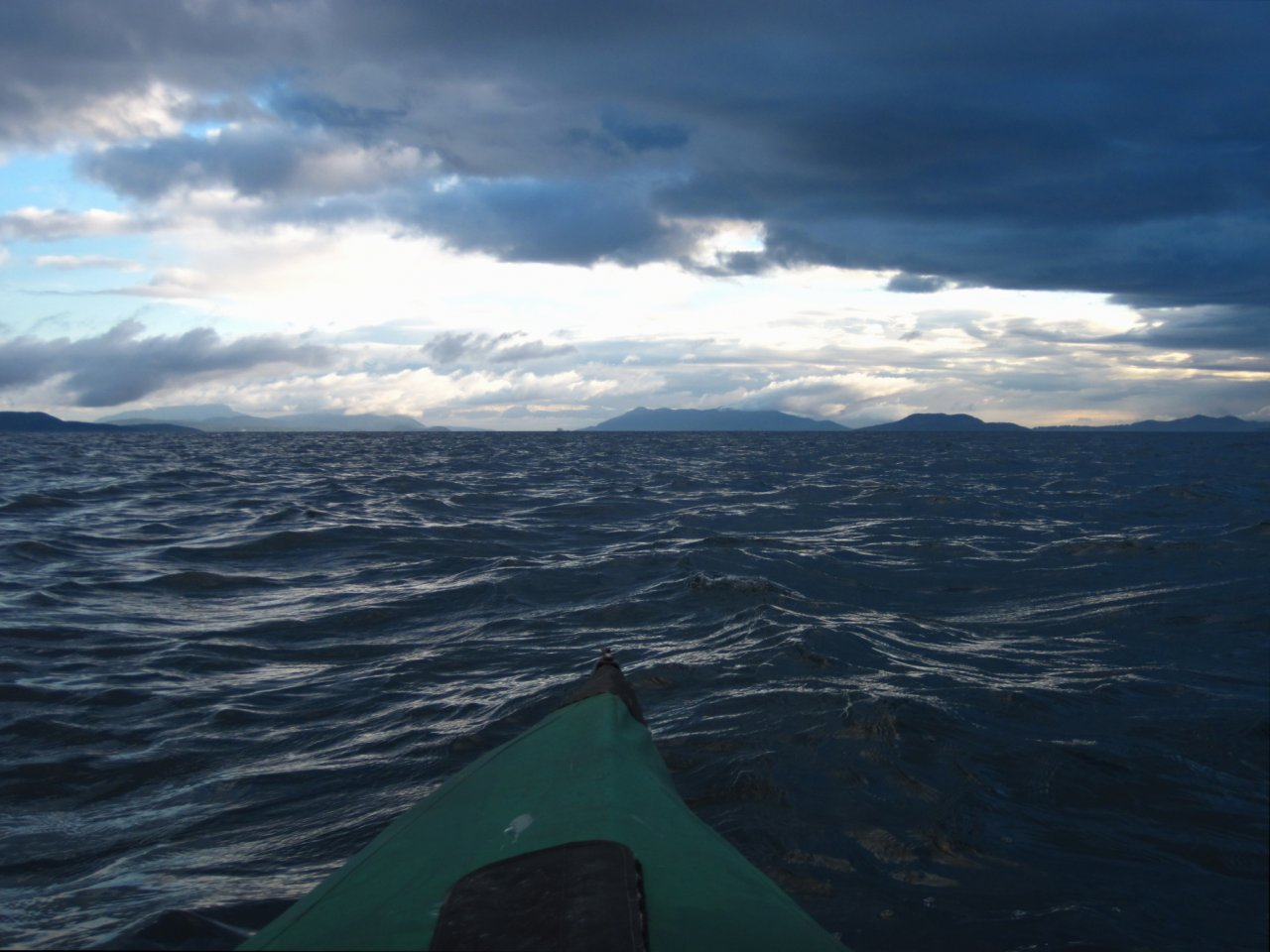 03 Looking up Rosario Strait in 5-knot wind.JPG