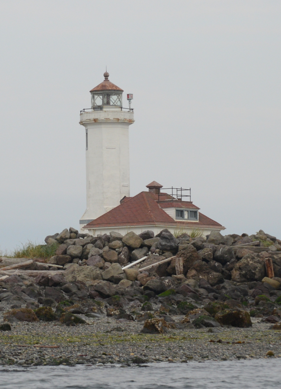 03 Point Wilson lighthouse.JPG