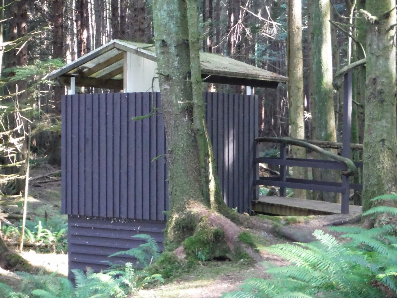 trip_day2_Kaikash_outhouse.JPG