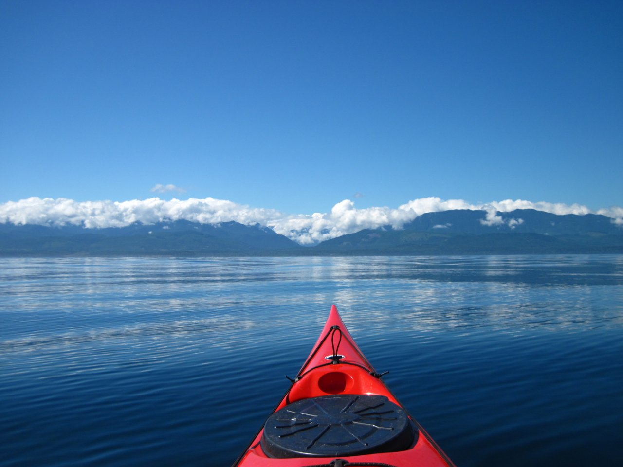 11 Crossing Strait of Juan de Fuca by kayak.JPG
